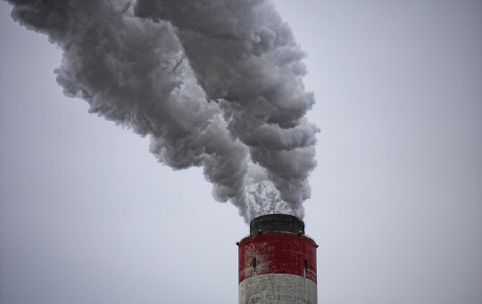 독일, 온실가스 절반 줄인다…2023년까지 70.8조원 투입
